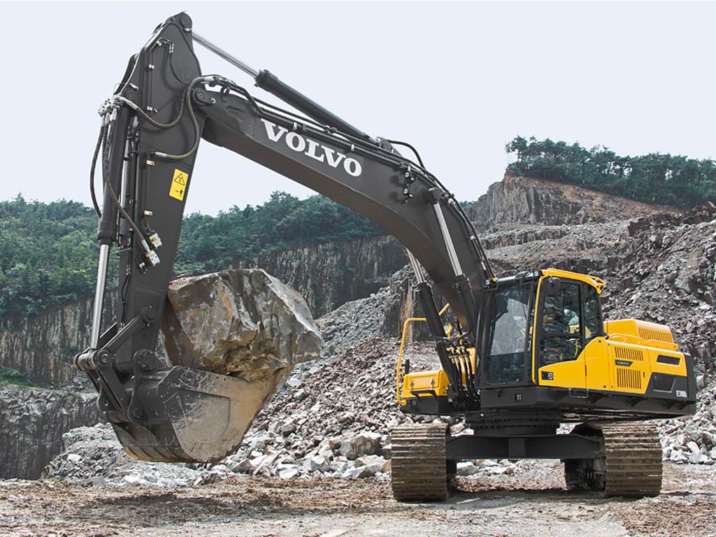 HYUNDAI R 300 LC-9A LONG REACH