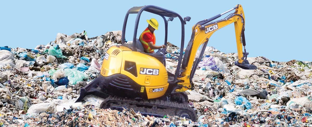 JCB JS 30